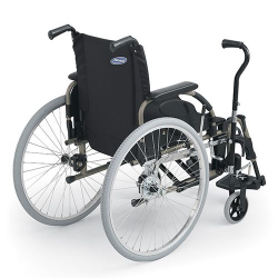 FAUTEUIL ROULANT STANDARD ACTION 4 NG LEVIER PENDULAIRE INVACARE® DOSSIER FIXE